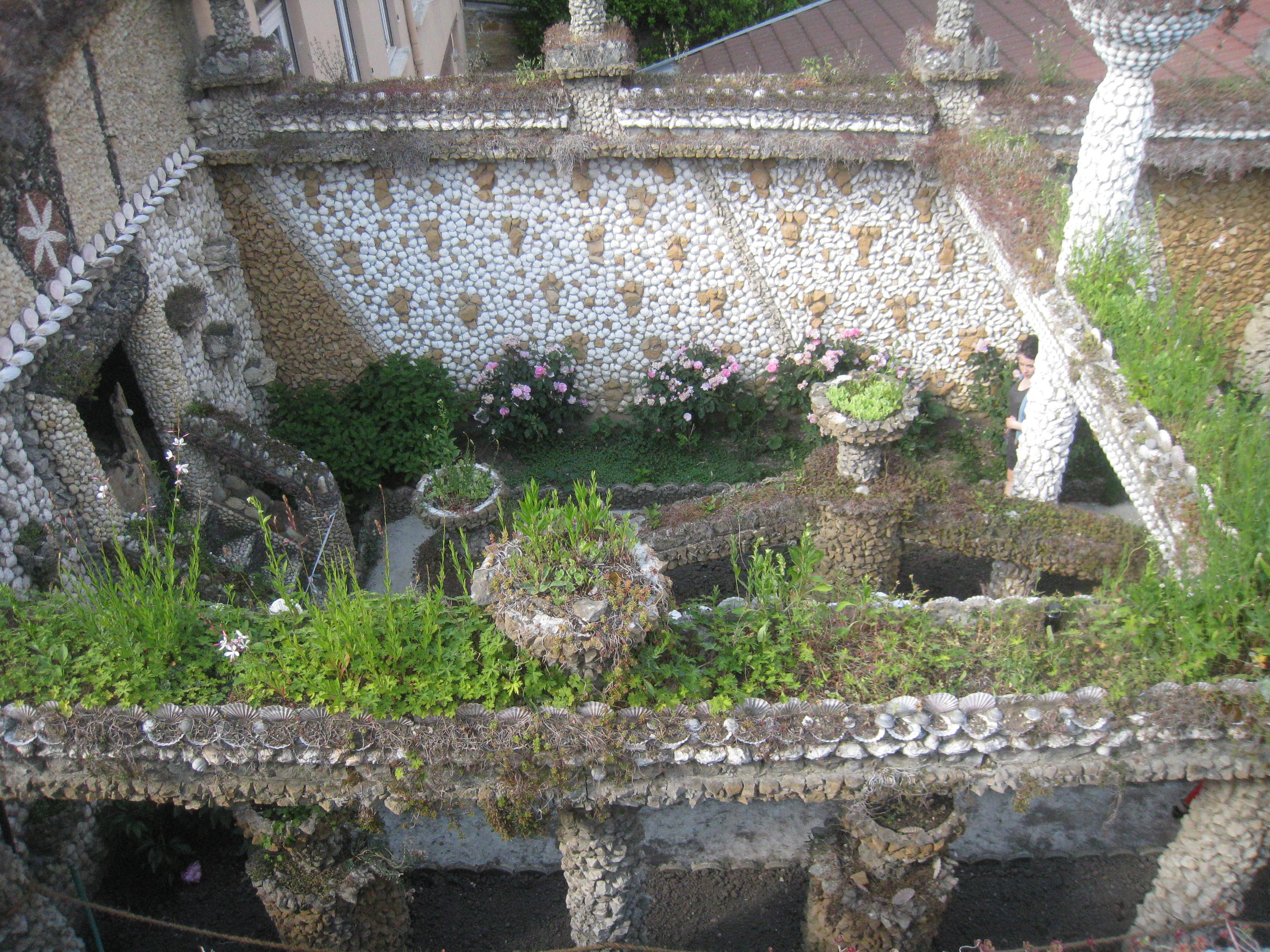 Le jardin de rosa mir o s embrasser lyon 3 fais for Le jardin lyon