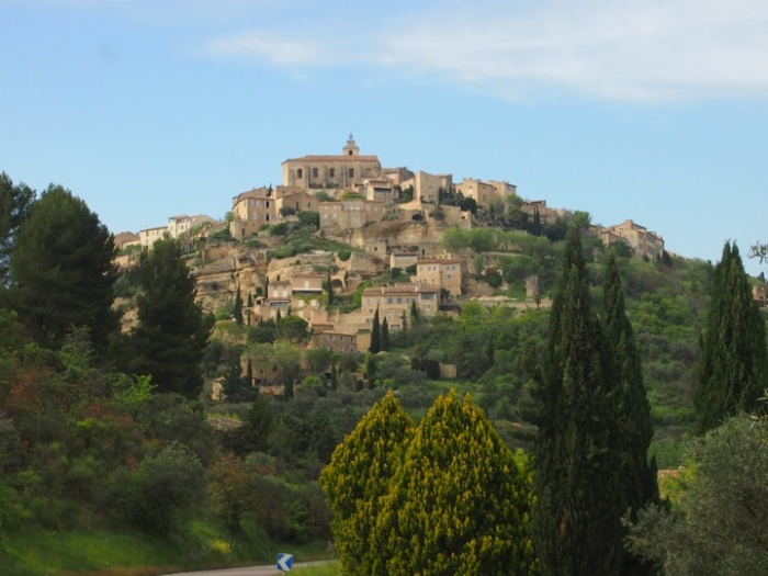 Gordes, ce village merveilleux(84)