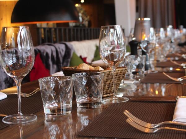 A Table au M