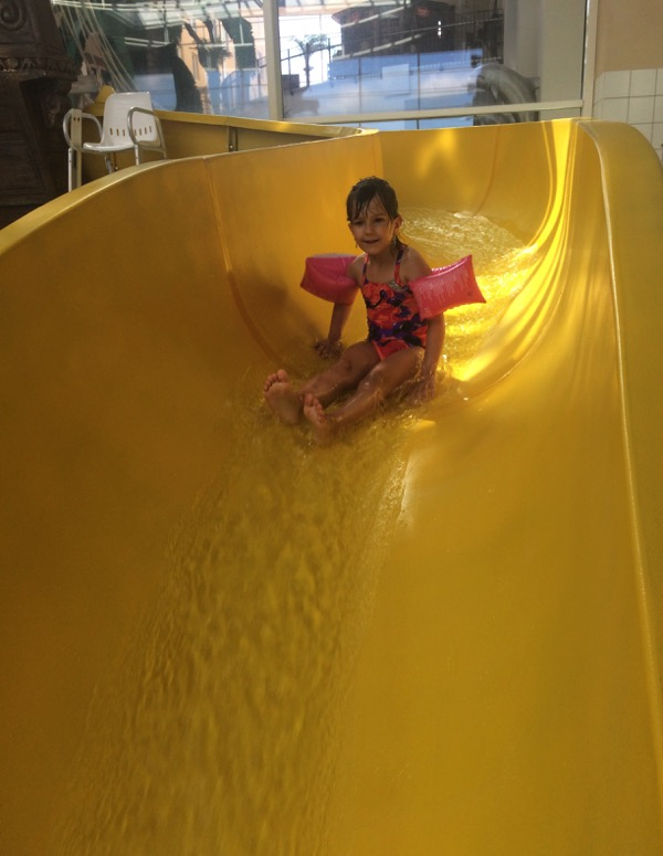 piscine hôtel explorers